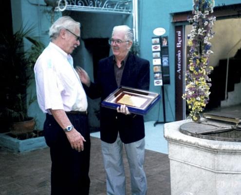 Entrega Premio Transparencia al Arq. Osvaldo Giesso