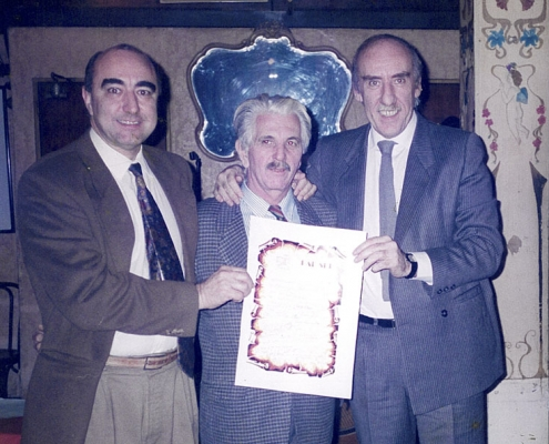 Homenaje a Edmundo Rivero (con sus hijos Jorge y Muni)